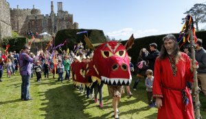 Dragons Discovered at Berkeley Castle!